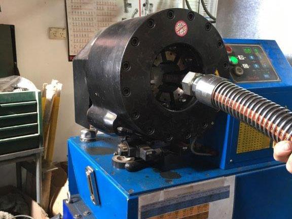 Cummins Bearings & Engineering - Hydraulic Crimper